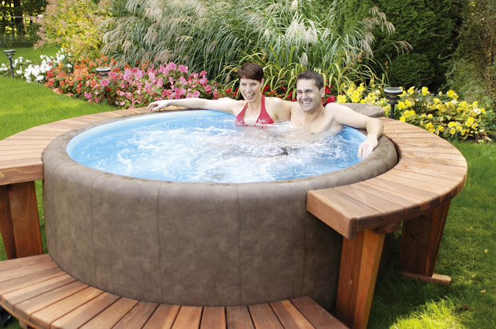 spa gonflable a hydrojets