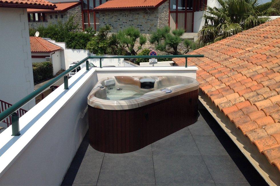 spa gonflable balcon. Black Bedroom Furniture Sets. Home Design Ideas