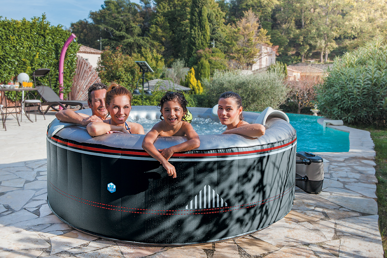 spa gonflable ete