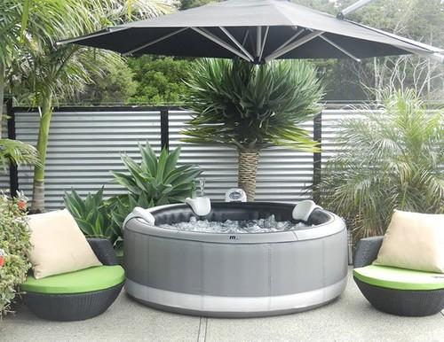 spa gonflable sur terrasse