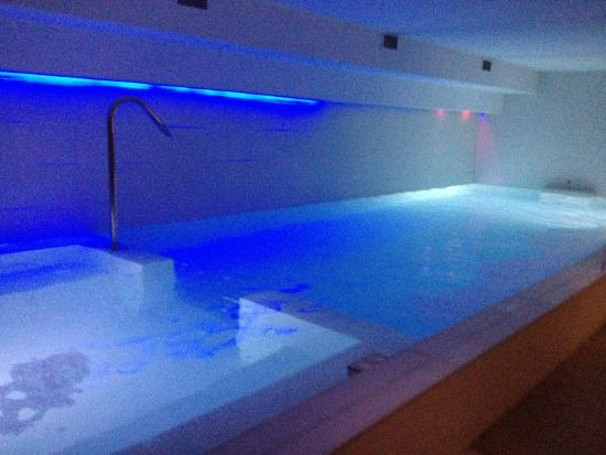 spa jacuzzi cannes