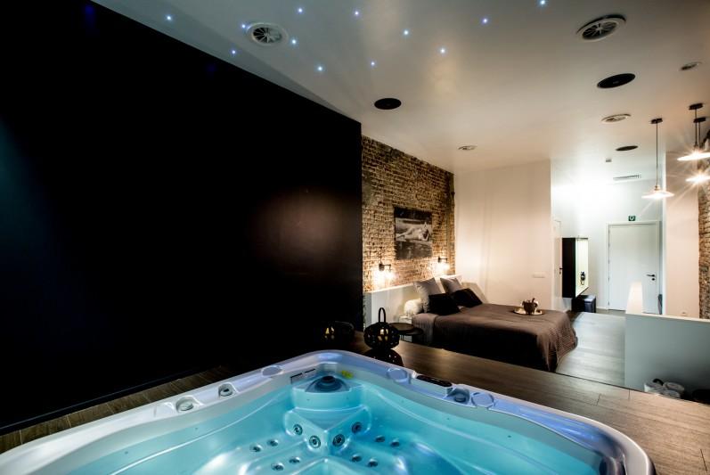 spa jacuzzi hotel
