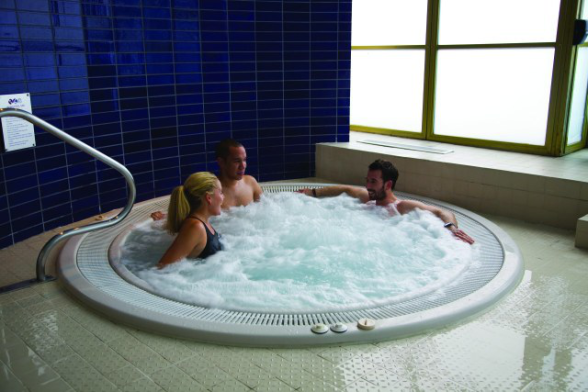 spa jacuzzi in london