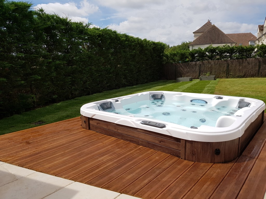 spa jacuzzi installation