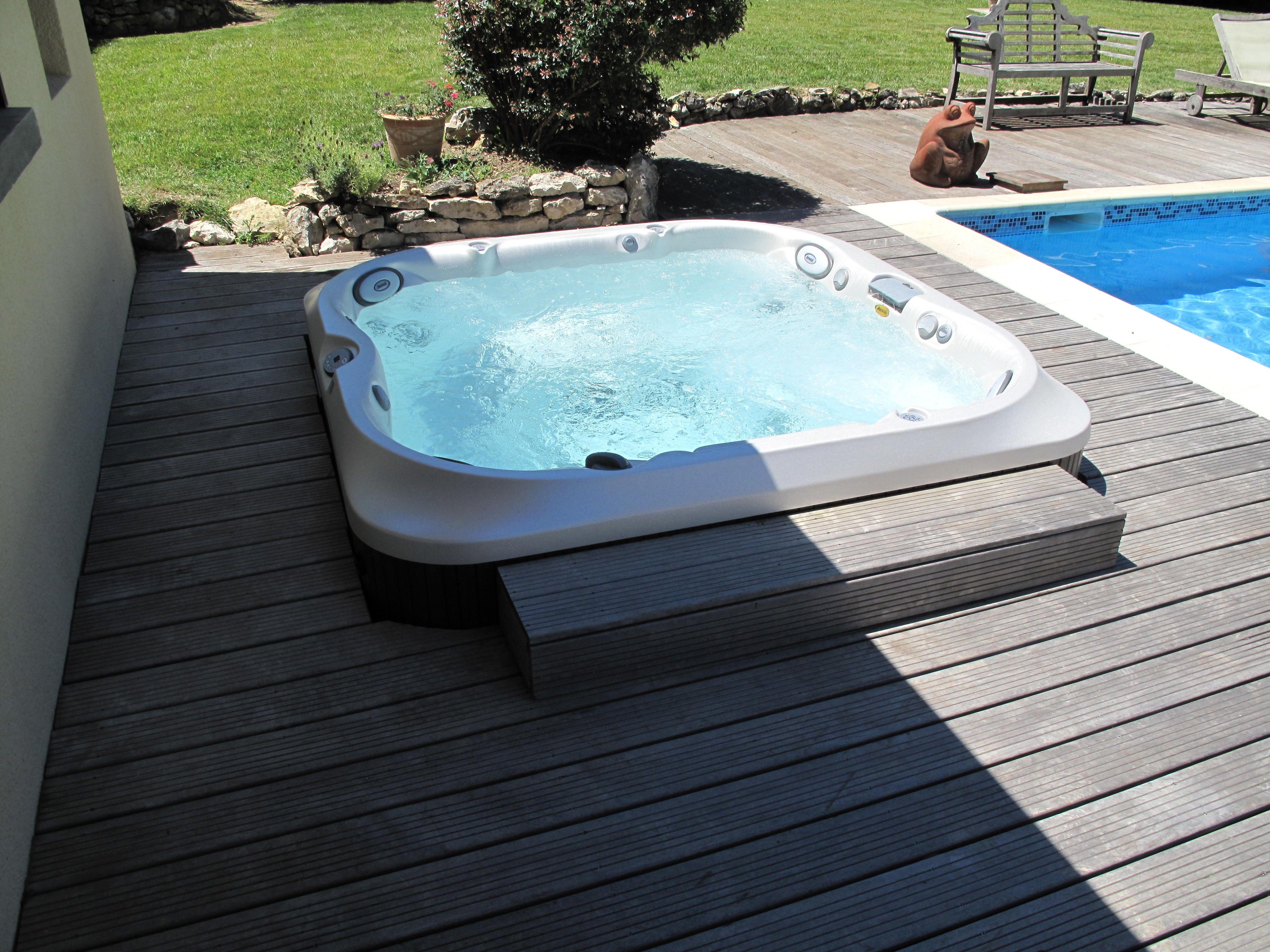 spa jacuzzi j-470 a vendre