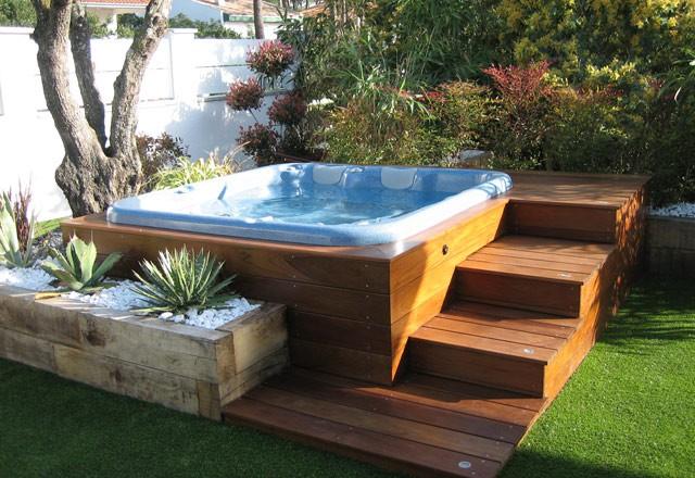spa jacuzzi jardin