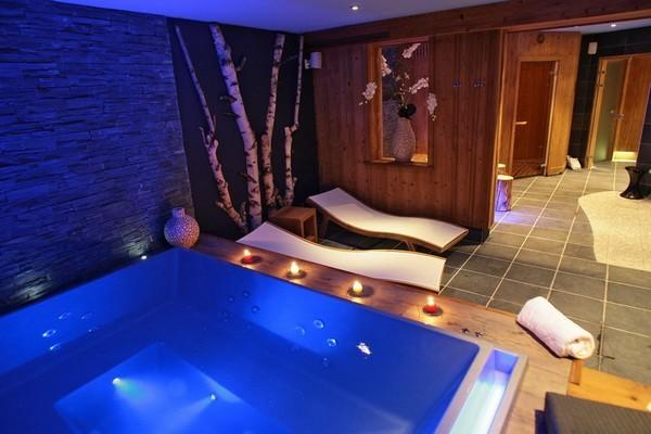 spa jacuzzi sauna hammam