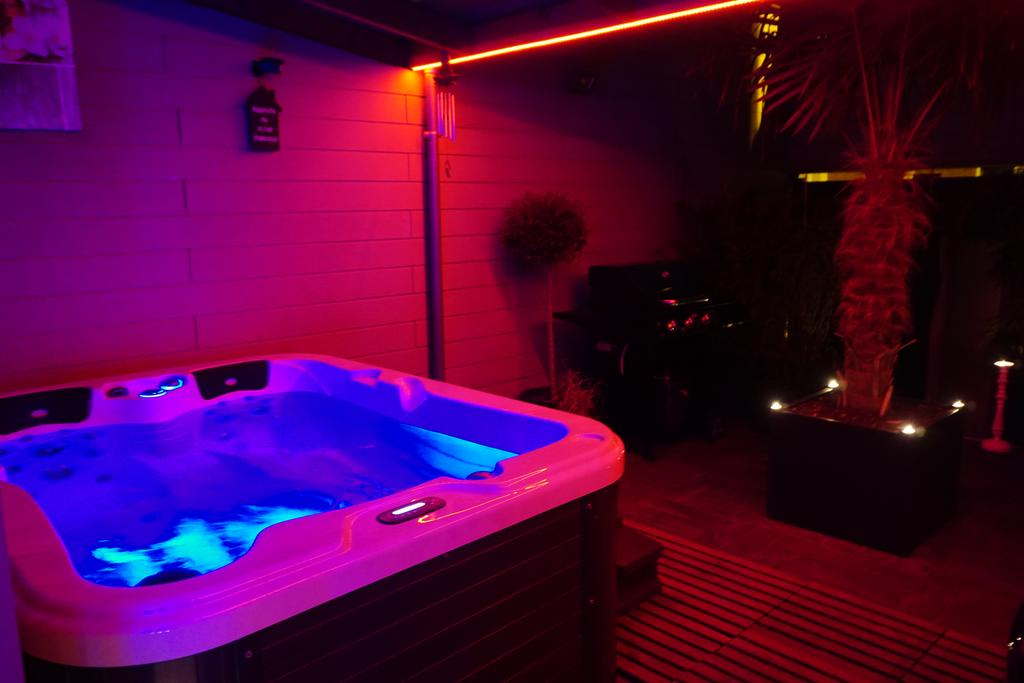 spa jacuzzi tourcoing